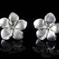 SOLID 14K WHITE GOLD HAWAIIAN PLUMERIA FLOWER STUD EARRINGS DIAMOND CUT 16MM