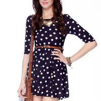 Right Spots Belted Dress in Navy :: tobi