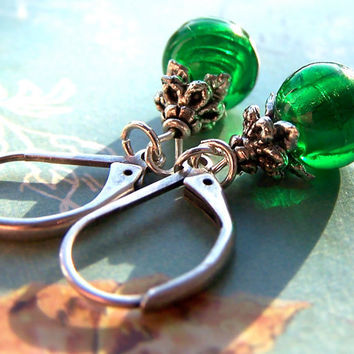 Emerald Green Earrings, Elegant Sparkle Silver Foil Beads, Women's Summer Jewelry