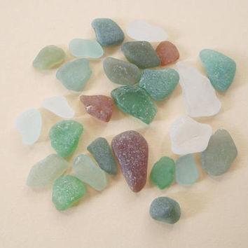 26 sea glass italian mixed beach glass green amber milky mermaid tears mediterranean diy craft supplies jewelry mosaic tiles lasoffittadiste