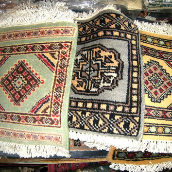 Mousepad Ethnic Cultural Design, Miniature Rug, 100% Wool, Green, Red, Gray, Yellow, Thick
