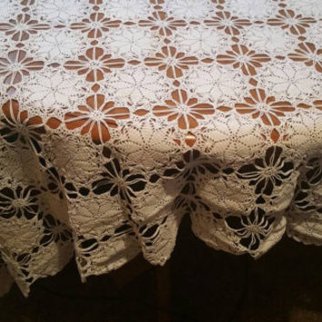 Vintage handmade crocheted tablecloth/ lace bedcovering/ handmade crochet curtain