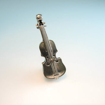 Sterling Silver Violin Brooch Realistic 3 D Figural Fiddle Vintage Orchestra Folk Music Jewelry