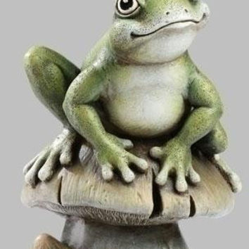 Shop Frog Statues on Wanelo