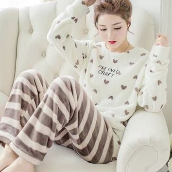 Flannel long sleeved pajamas set for women Nightgown loose sweet Girls sleepwear suit winter two-piece student Christmas clothes