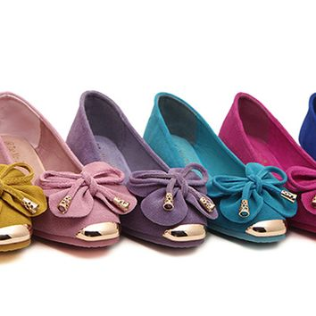 Womens Charming Bow Gold Tip Casual Flats