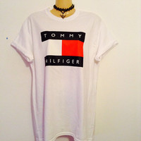 Sassy 90's style Tommy Hilfiger tshirt urban swag luxe celebrity style