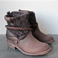 Retro Rhubarb boots for women shoes waterproof Martin boots Solid color XB9216