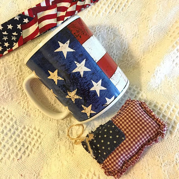 American Flag Mug Vintage Warren Kimble Patriotic Cup Red White and Blue Large 32 Ounce Beverage Container Colonial Pattern Stoneware
