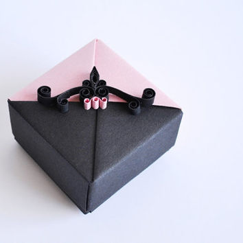 Chic Origami Jewelry Gift Box,  Small Origami Gift Box, Pink and Black with Quilling Ornament