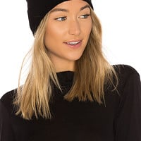 360CASHMERE Mila Skull Beanie in Black & Cream