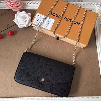 LV Louis Vuitton MONOGRAM LEATHER POCHETTE FELICIE INCLINED SHOULDER BAG