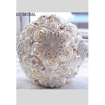 Ivory White Bridal Wedding Bouquet de mariage Pearls Bridesmaid Artificial Wedding Bouquets Flower Crystal buque de noiva 2018