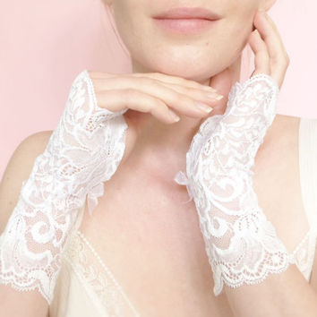 Long white lace bridal fingerless gloves