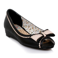 Bettie Page Elsa Black Flats