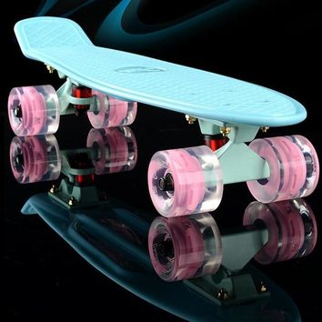 2017 mini Cruiser Skateboard LED light Four wheel Skate board adult&children small skateboarding peny Board banana Long Board