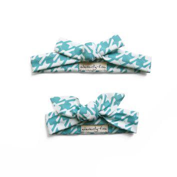 Set of Two Cats-Tooth Organic Stretch Knit Head Tie in Turquoise For Mom & Baby