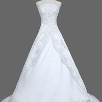 A-line Strapless Sleeveless Chapel Train Satin Tulle Lace Wedding Dress With Applique Beading Free Shipping