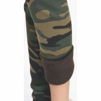 Camo Print Leggings With Faux Fur Lining