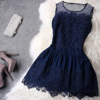 ELEGANT NICE SHOW THIN DESIGN LACE HANDMADE DRESS
