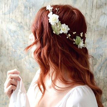 Rustic flower crown, ivory bridal crown, boho chic flower crown, floral crown, wedding hair accessories, woodland hair wreath, circlet