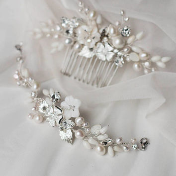 Pearl Jewelry Set Hair Comb and Bracelet Bridal Hair Comb and Bracelet Bridesmaid Set Rhinestone Jewelry Comb and Bracelet Jewelry Set