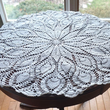 "27"" Crocheted Doily, Vintage Doily, White Centerpiece, Wedding Linens, Large White Doily,Small Tablecloth,Crochet Table Topper, White Linens"