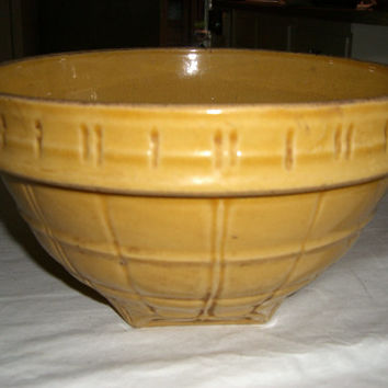 Vintage 1920s 1930s McCoy Pottery Mixing bowl Batter Bowl no9