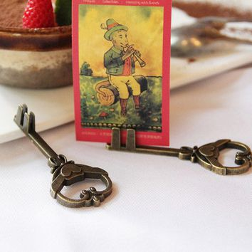 1 x Vintage Key shape message clip desktop figurines metal message note clip pictures photo holder Home decor Arts crafts gifts