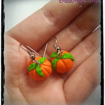 Halloween pumpkin earrings charm chibi in polymer clay - Halloween gift