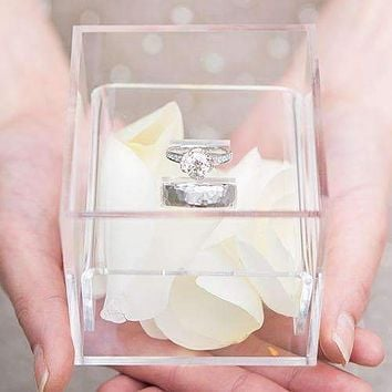 Acrylic Wedding Ring Box - Classic Filigree Etching (Pack of 1)