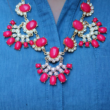 Gracefully Glam Necklace