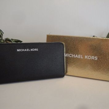 MICHAEL KORS JET SET ZIP AROUND WALLET BAG $178 BLACK LEATHER SILVER GIFT BOX