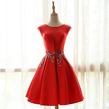 Elegant Red Embroidery Short Cocktail Dresses 2017 Satin Knee Length Lace Up Back Formal Party Prom Dress Homecoming Dress