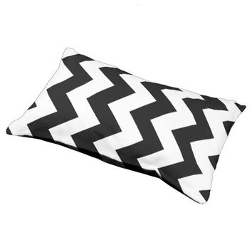 Black And White Chevron Pattern Dog Bed