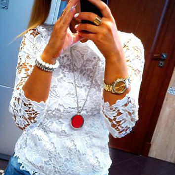 White Floral Lace Collared Long Sleeve Blouse