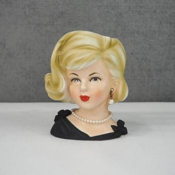 PARMA Lady Head Vase Blond Sandra Dee Flip Do Bouffant in Black with Pearls #A173