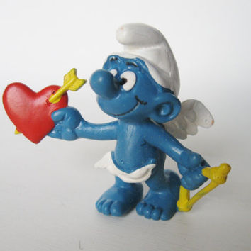 1981 Peyo CUPID Valentine SMURF with Bow and Heart and Love arrow