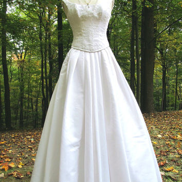 Sale - Sale -Beautiful Vintage White Corset  Bridal Gown/Dress