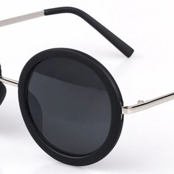 Retro Round Lens Sunglasses