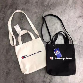 Champion White Canvas Shopping Shoulder Bag