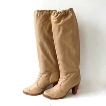 Vintage Tan Leather KNEE THIGH HIGH Boots. 80s Slouchy Stiletto Heels. Wooden Heels. 70s Tall leather boots.