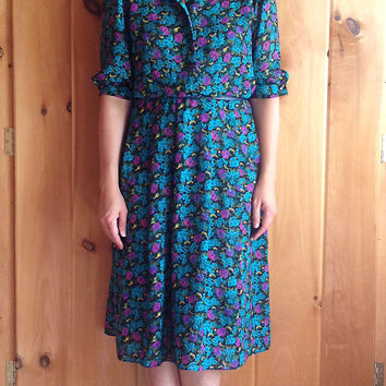 Vintage dress | Breli Originals dark floral short sleeve dress