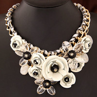 New Statement Choker Fashion Charms Collar Flower Necklace Crystal Bead Rhinestone Necklaces&Pendants Women Jewelry Gift A087
