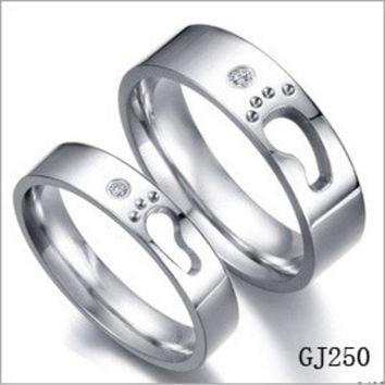 ONETOW Special Foot Print Couple Promise Rings LOVE Step Hollow Design (One Piece Price) = 1930253380