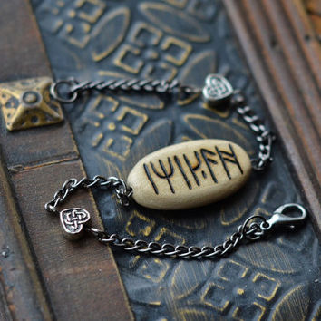 Woodburned Kili Runestone Bracelet - Dwarf Jewelry - Kili's Amulet Runestone of  The Hobbit - Pyrography