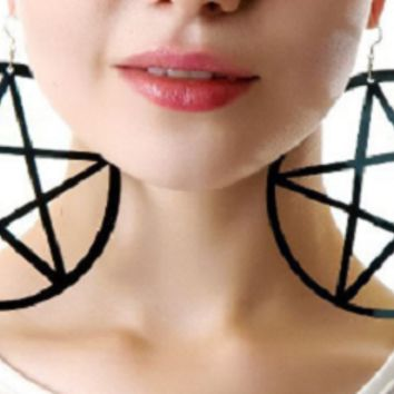 "3.50"" black star large plastic earrings pierced light weight"