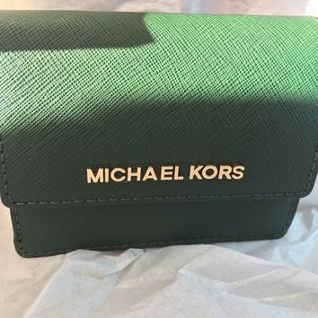 NWT $118 Michael Kors Jet Set Travel Leather Carryall Card Case Color: Moss