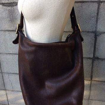 Brown Coach Purse Vintage 1980s Distressed Leather Handbag NyC New York City Huge Buck