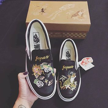 VANS x ROLLICKING Slip-On Dragon Tiger Embroidery Casual Sport Shoes Sneakers